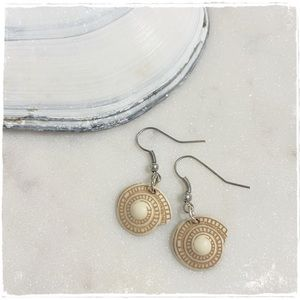 NEW! Sundial Sea Shell Round Swirl Drop Earrings